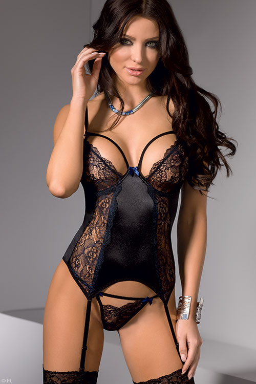Lingerie - Casmir Keith Bustier with Thong