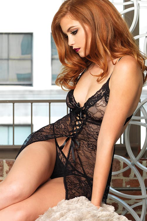 Lingerie - Leg Avenue Chemise with Thong