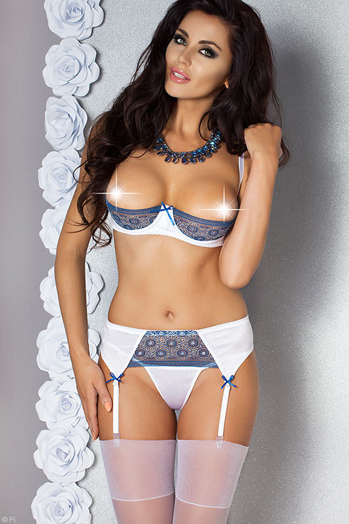 Lingerie - Passion Eleni Open Cup Bra with Garter Belt & Thong