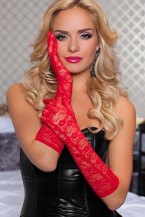 seven-til-midnight-red-floral-lace-gloves